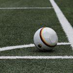 Kaip statyti futbolo rungtynėse?